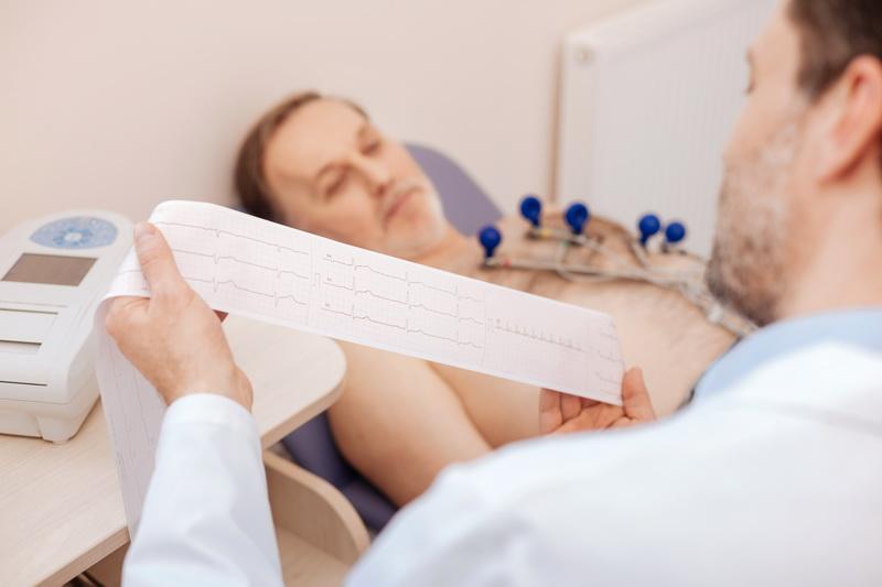 Сердечно-сосудистые заболевания требуют внимания и контроля кардиолога